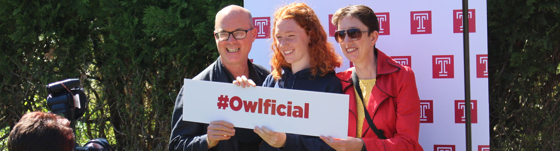 A new students is welcomed to Temple Ambler
